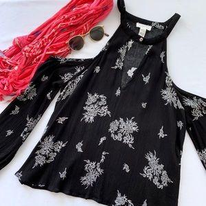Full Tilt 🌸Cold Shoulder Black & White Floral Top